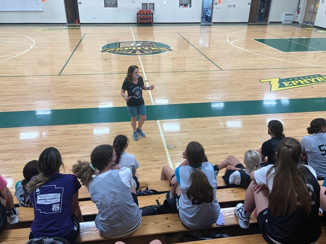 Molly (Watson) Fordyce, a1997 Galesburg High School grad, who isthe first Streaksgirls basketball player to be selected as a member of the Illinois Basketball Coaches Association's Hall of Fame, stood inside Lombard's Erickson Gymnasium on Tuesday infront of the current members of Evan Massey's program and dished words of wisdom.