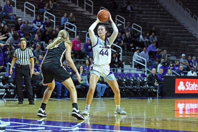 The Washburn women's basketball team will add Kansas State transfer Emma Chapman (44) to its roster for next season.