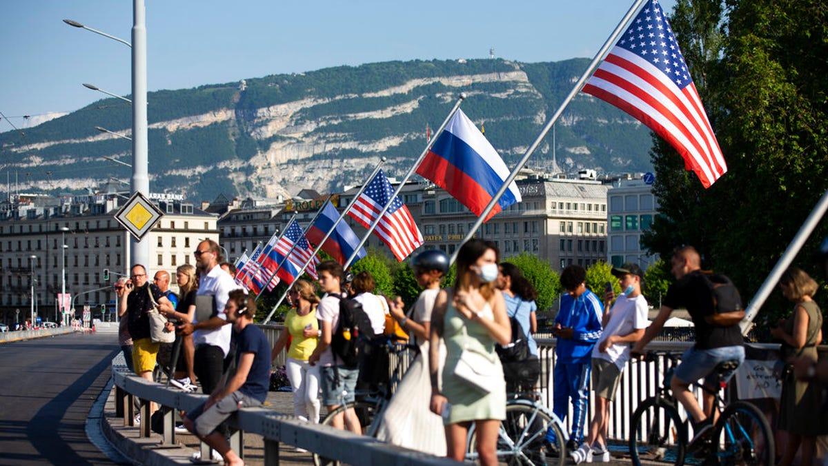 Biden arrives in Geneva for highly-anticipated Putin meeting 3
