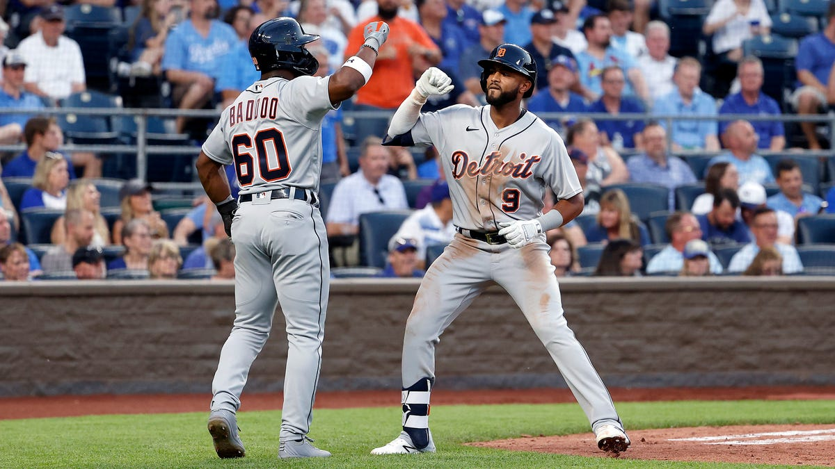 'They're warriors': Tigers bullpen shuts the door in record-setting win over Royals 2