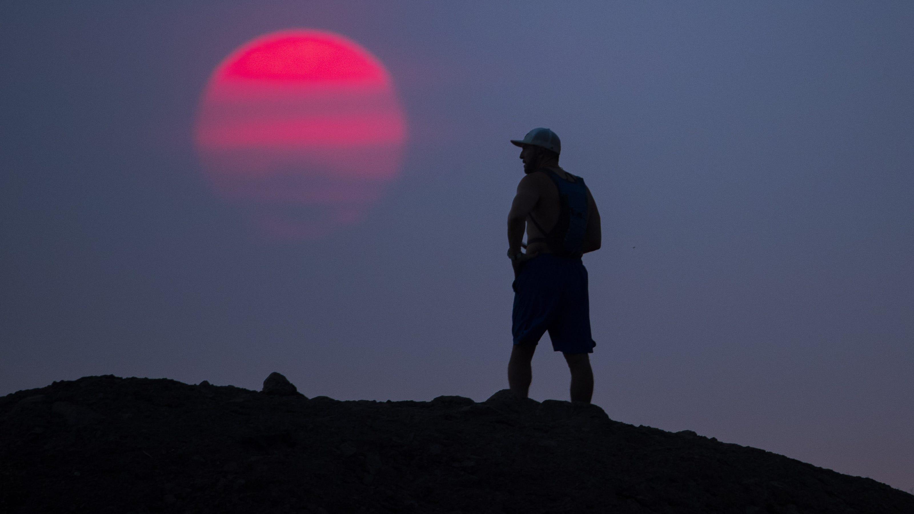 Phoenix reaches 118 degrees, breaks daily heat record