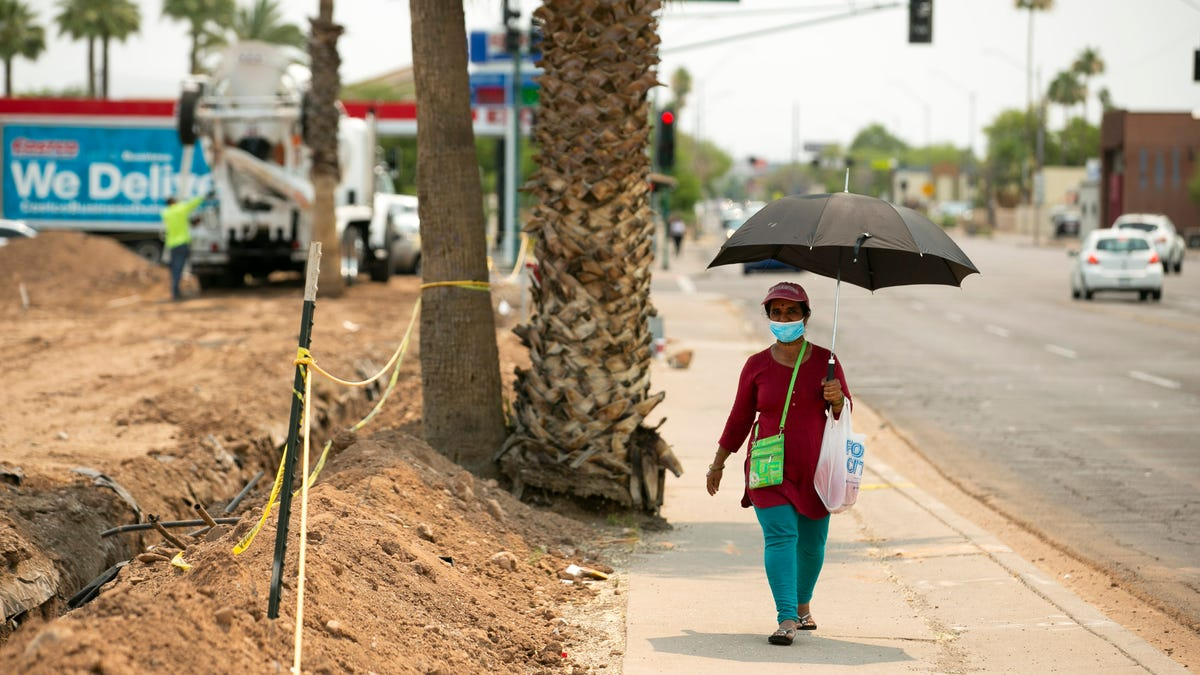 Lower chances of rain, hotter temperatures expected in metro Phoenix through next week