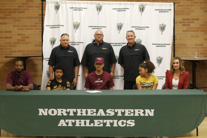 Northeastern basketball star guard Kolden Vanlandingham signed his official letter of commitment to play at Earlham College on Monday, June 14, 2021.
