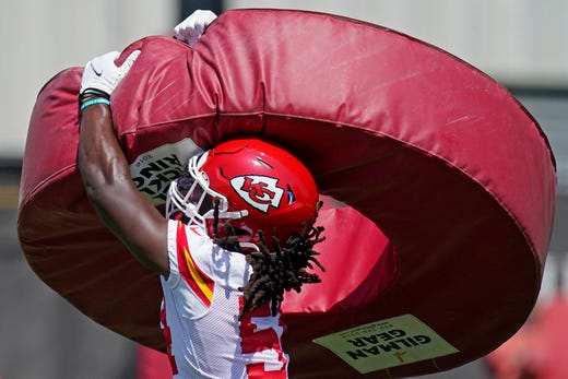 Kansas City Chiefs linebacker Nick Bolton participates in a drill during the NFL football team's minicamp Tuesday, June 15, 2021, in Kansas City, Mo.