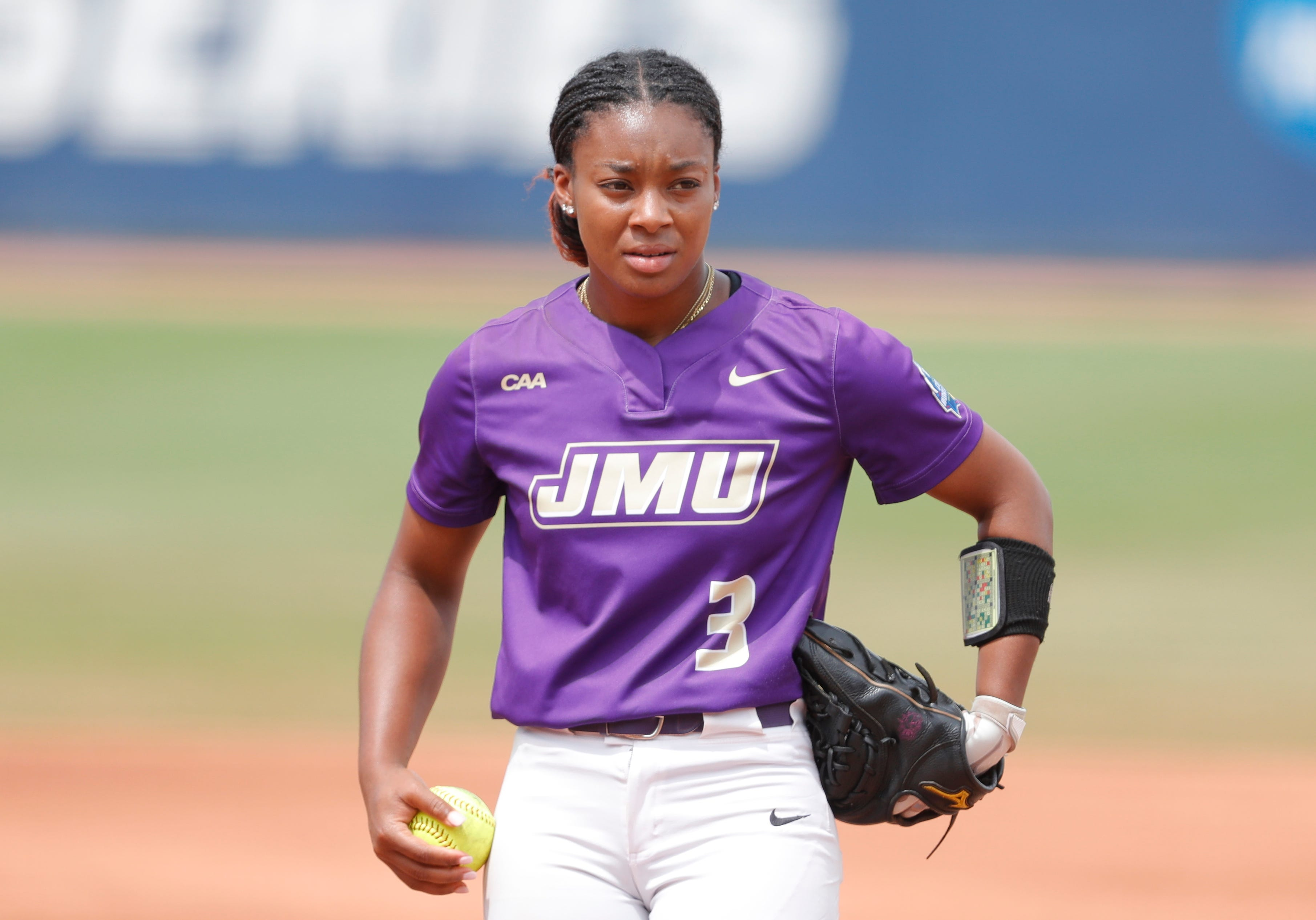 James Madison'sOdicci Alexander named Pitcher of the Year, signs with USSSA Pride