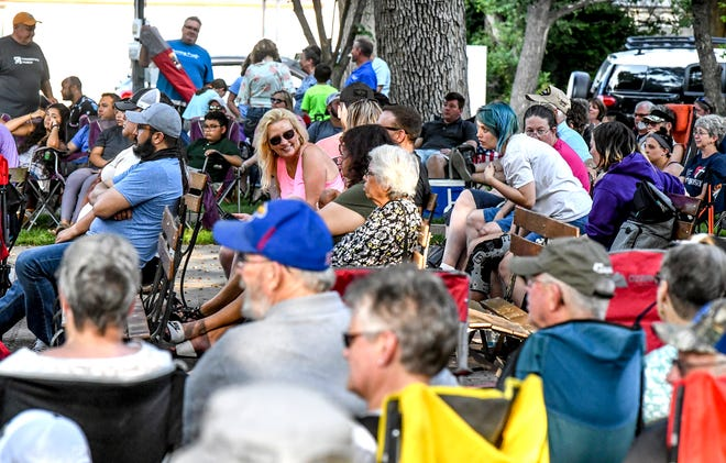 Area residents fill Stevens Park Saturday for an evening of music during the Beef Empire Days Praise in the Park.