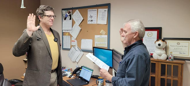Dr. Steven Vacek was sworn in as the Local County Health Authority. Vacek was instrumental in guiding the county during the COVID-19 pandemic and will continue to guide the county for the next couple of years.