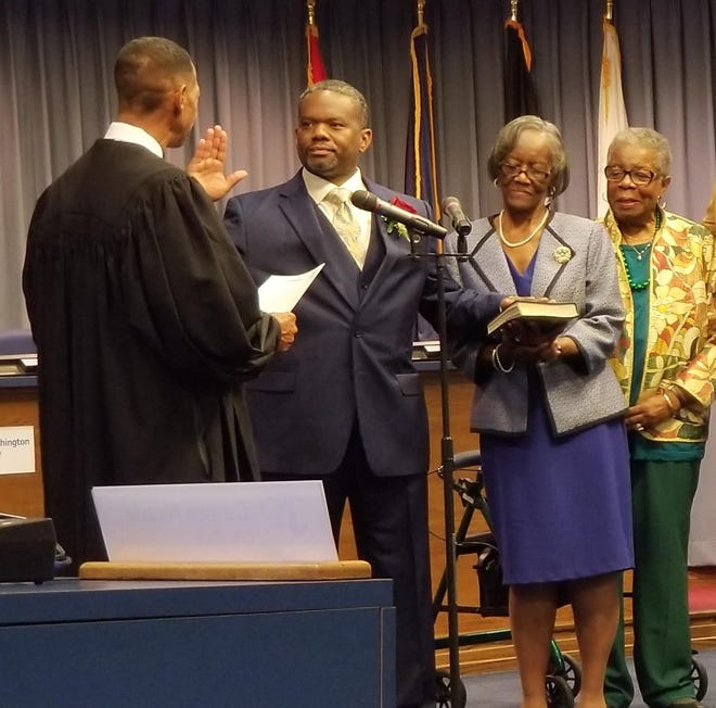 Jacksonville City Councilman Brian Jackson takes his oath of office in Dec. 2017.