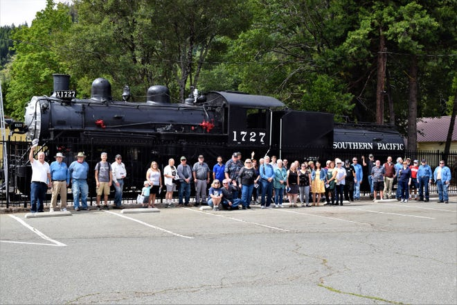 Railroad enthusiasts and citizens of Dunsmuir came to the ribbon cutting ceremony and dedication of the Dunsmuir 1727 Locomotive on Saturday morning, kicking off the start of Dunsmuir Railroad Days.