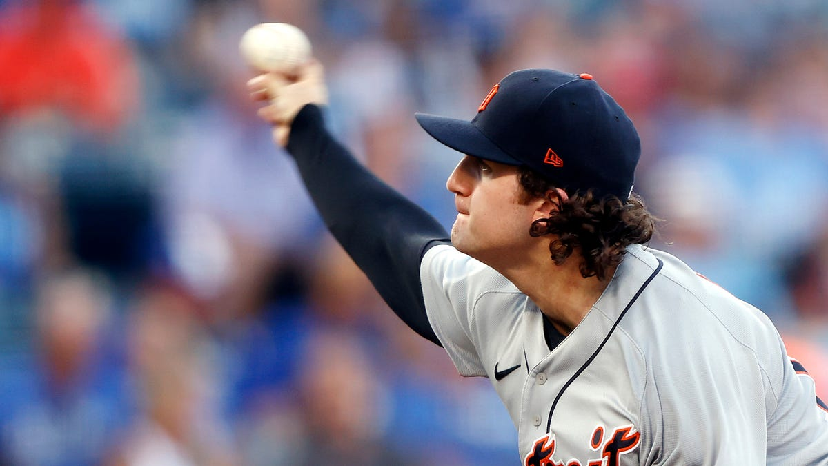 New glove? No problem: Mize leads Tigers with solid outing to 4-3 win over Royals 1