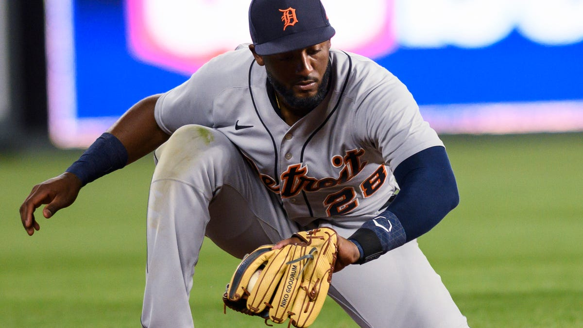 Tigers put Goodrum on IL, Isaac Paredes gets a second call-up 2