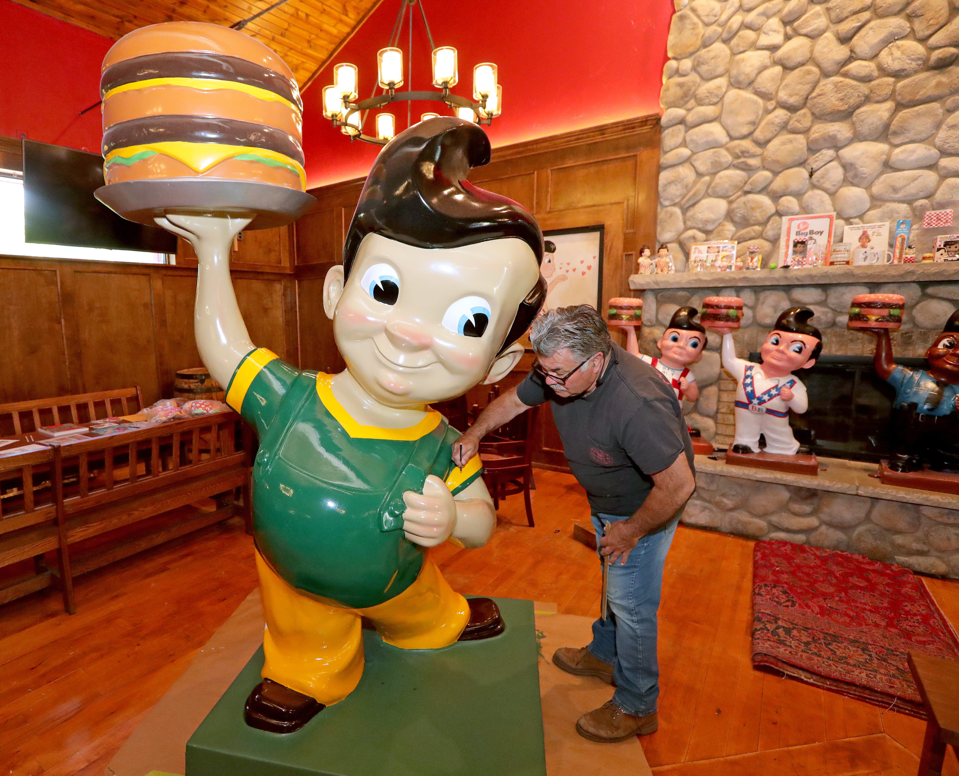 A look inside the new Big Boy restaurant in Germantown