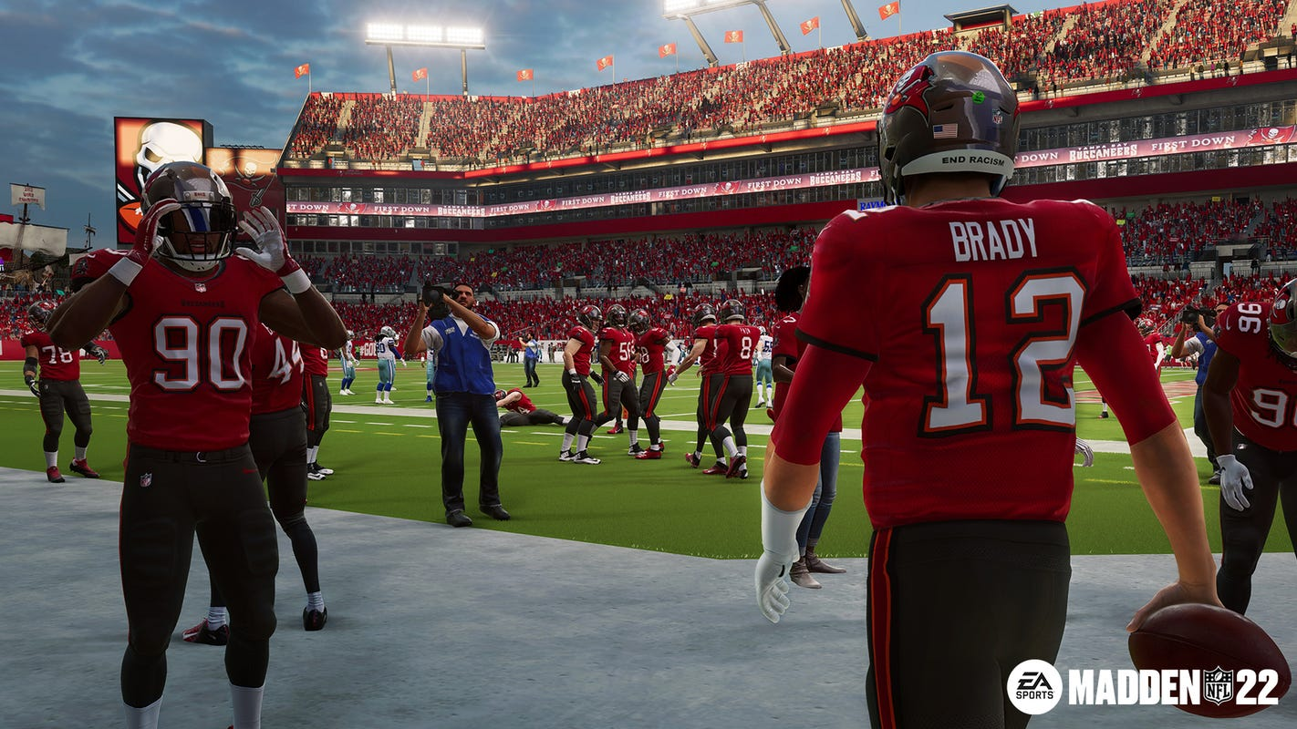 'Madden NFL 22': Tom Brady, Patrick Mahomes on video game cover, but inside are new realistic tweaks