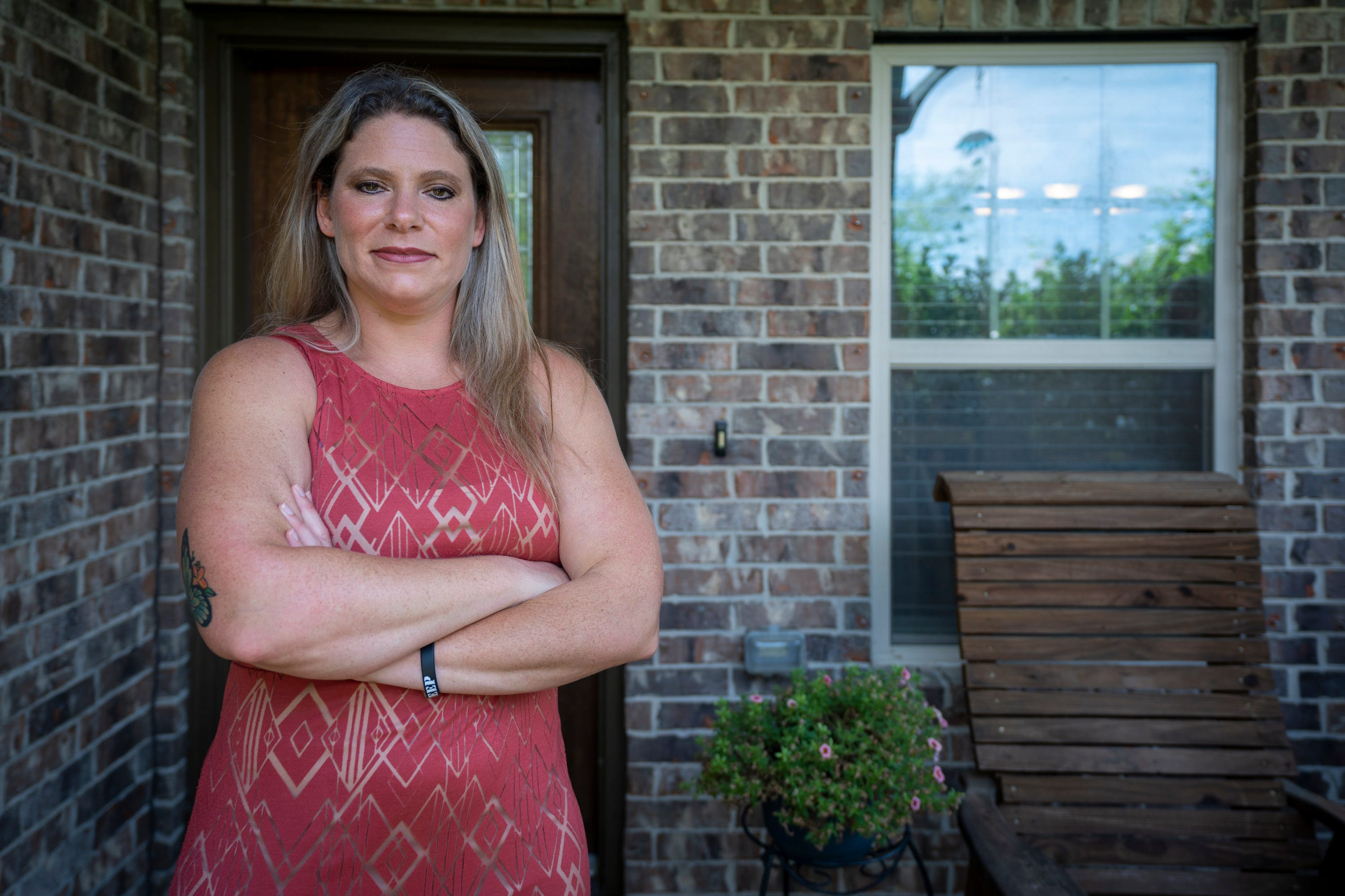 Jennifer Bridges, a nurse at Houston Methodist, became an overnight celebrity among some in the anti-vaccine community.