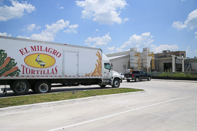 El Milagro of Texas is a family-owned tortilla factory thatsupplies tortillas and chips either directly or through distributors for restaurants and stores in the Austin area.