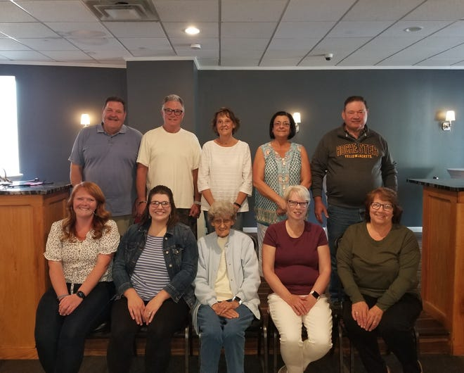 The 2021 HHS upcoming reunion committees are very busy finalizing plans for their classmates. Front row, left to right: Jenna Kramer '11, Aryn Smith Bailey '11, Pat Shiner McEvoy '51, Joan Christensen McAllister '76, Judy Ermy Ordway '76. Back row, left to right: Shawn Hogan '70, Gregg Johnson '70, Fran Daniels Tucker '70, Angela Daniels Markel '71, Bill Hoffman '71.