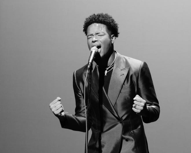 """Jaguars WR Marvin Jones sings James Weldon Johnson's """"Lift Ev'ry Voice and Sing"""" on the occasion of Johnson's 150th birthday."""