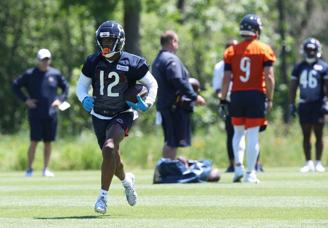 Chicago Bears wide receiver Allen Robinson (12) runs after a reception during minicamp at Halas Hall in Lake Forest on Wednesday, June 16, 2021.