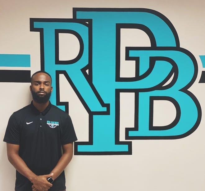 Royal Palm Beach High School has promoted Deonte Savage to head boys basketball coach.