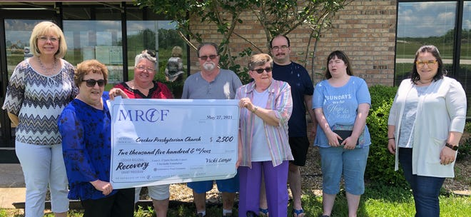 MRPC Executive Director Bonnie Prigge (left) and Maria Bancroft with MRPC/MRCF (right) present the Crocker Presbyterian Church members with a $2,500 COVID recovery grant. Church members from left to right include: Debbie Fraski, Debbie Beal, Wayne Beal, Norma Marso, Ian Fraski and Katelyn Fraski.