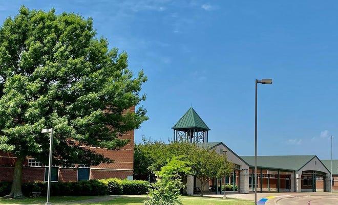 Wedgeworth Elementary School in Waxahachie.