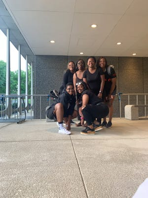 MAGIC consists of from left to right: Sarita Lawrence, Andrisha Woods, Emerald Siler, Shontaye Henderson, Jessica Coleman and Shada Reece.
