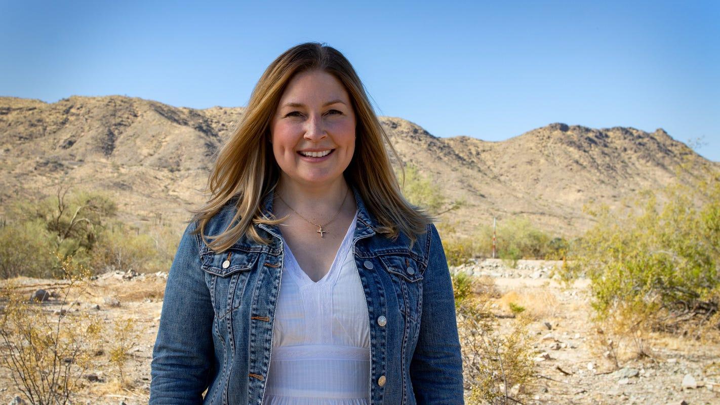 Lacy Cooper announces bid for Arizona attorney general