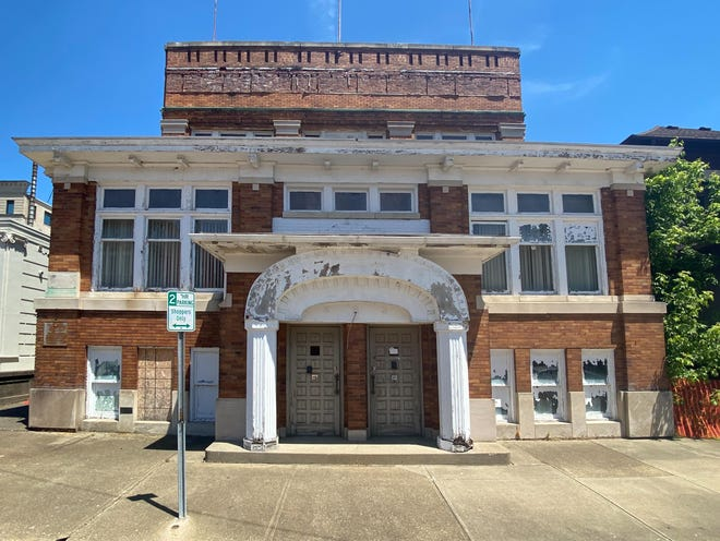 Nobody bid on the former Elks Lodge, located across from the Muskingum County Courthouse, during Thursday's auction.