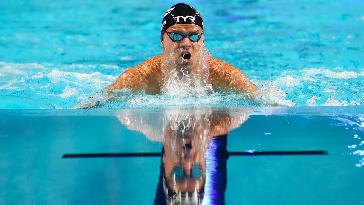 Opinion: US swimmer Michael Andrew's decision not to get vaccinated is selfish, unfair to teammates