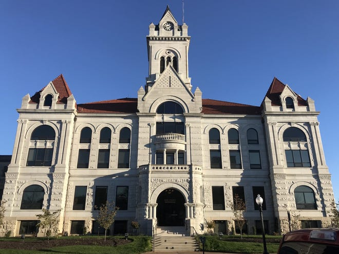 The Cole County Courthouse in Jefferson City. Photo by Tessa Weinberg/Missouri Independent