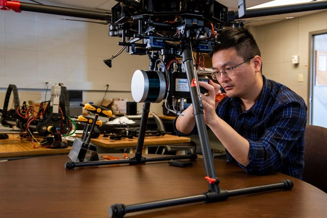Xinzhe Yuan, Ph.D. candidate at Missouri S&T, is the winner of the 2021 Laegeler Sustainable Energy Fellowship. (Photo by Michael Pierce, Missouri S&T)