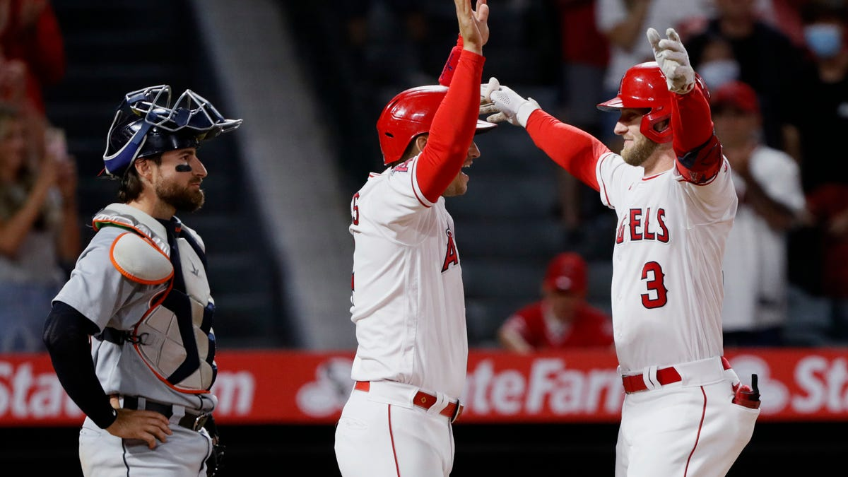 'A lot of emotions': Shaky 'D' hands Tigers 7-5 loss to Angels in Manning's debut 1