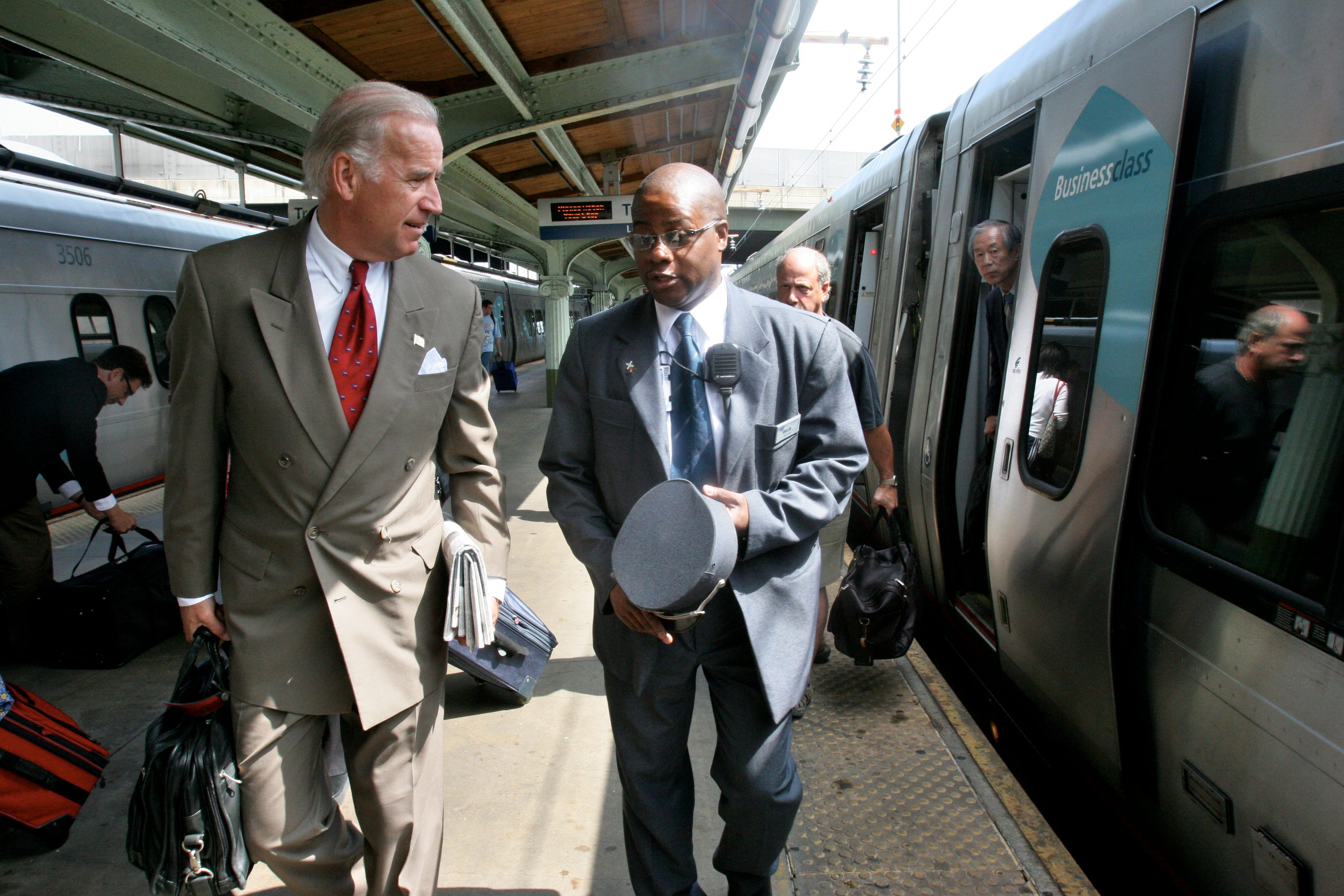 With an ally in the White House, Amtrak wants trains in the rest of America 2