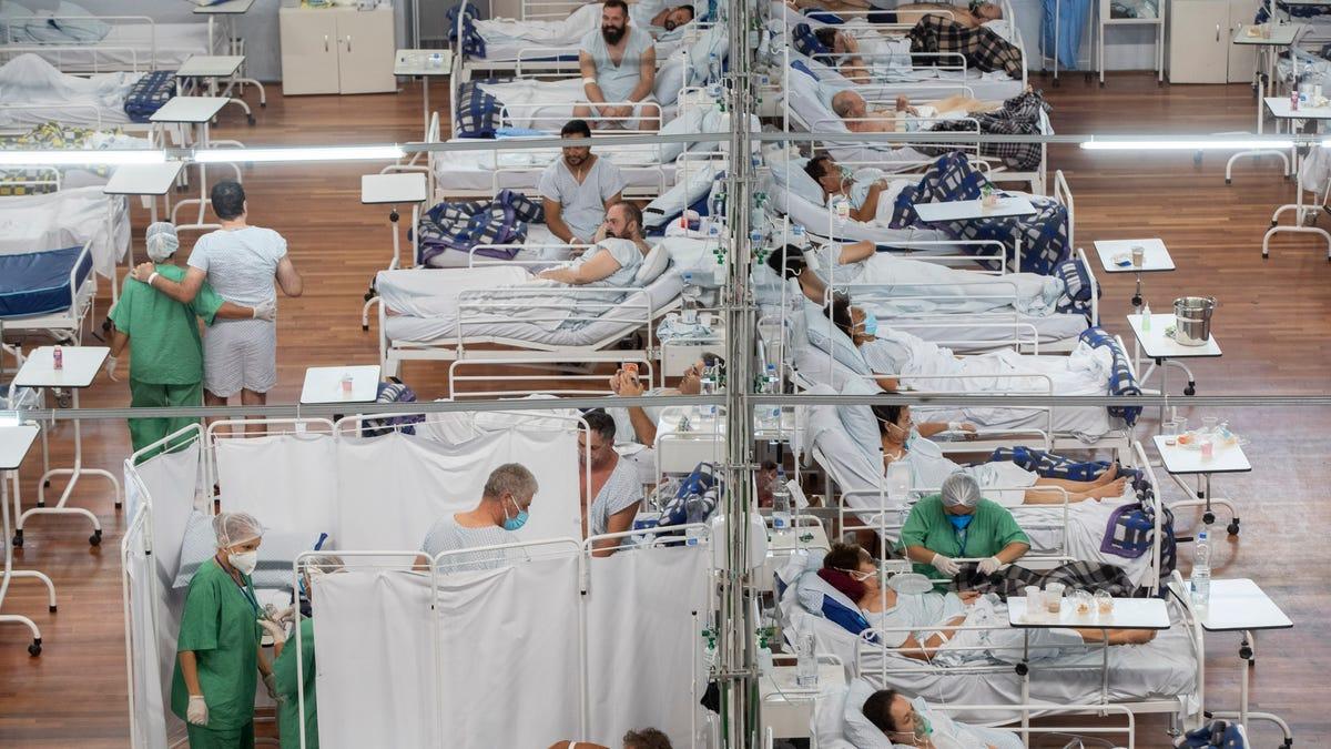 Brazil still debating dubious virus drug amid 500,000 deaths 3