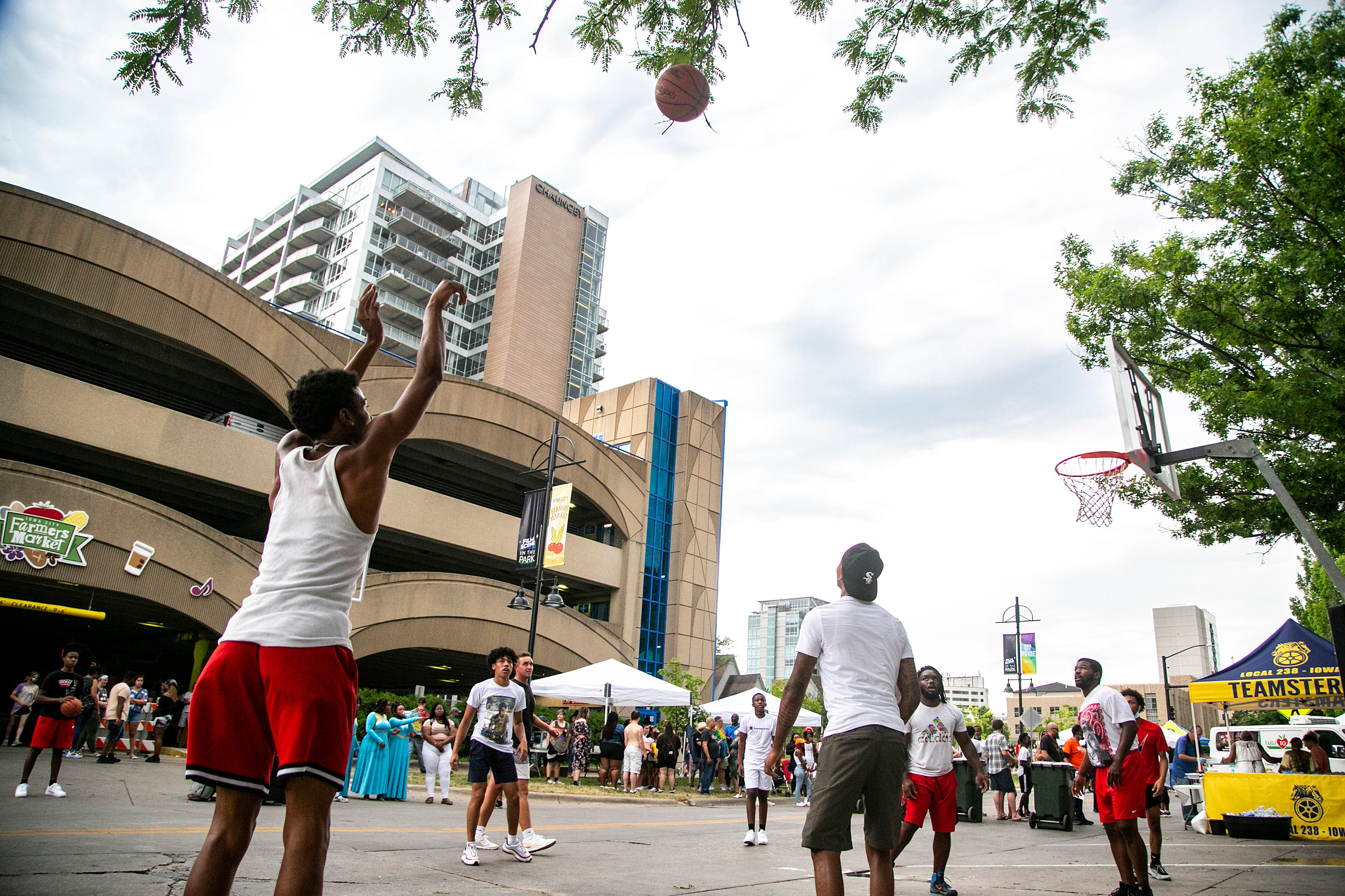 'We're working towards another level of freedom': Hundreds celebrate Juneteenth in Iowa City