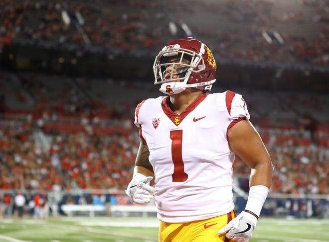 Palaie Gaoteote had 38 tackles as a freshman and 58 as a sophomore at USC.