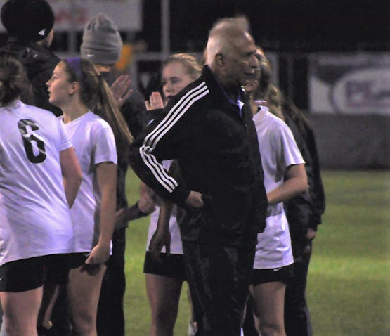 Anant Vyas led Dutchtown to 19 playoff appearances, seven trips to the quarterfinals and two trips to the semifinals.