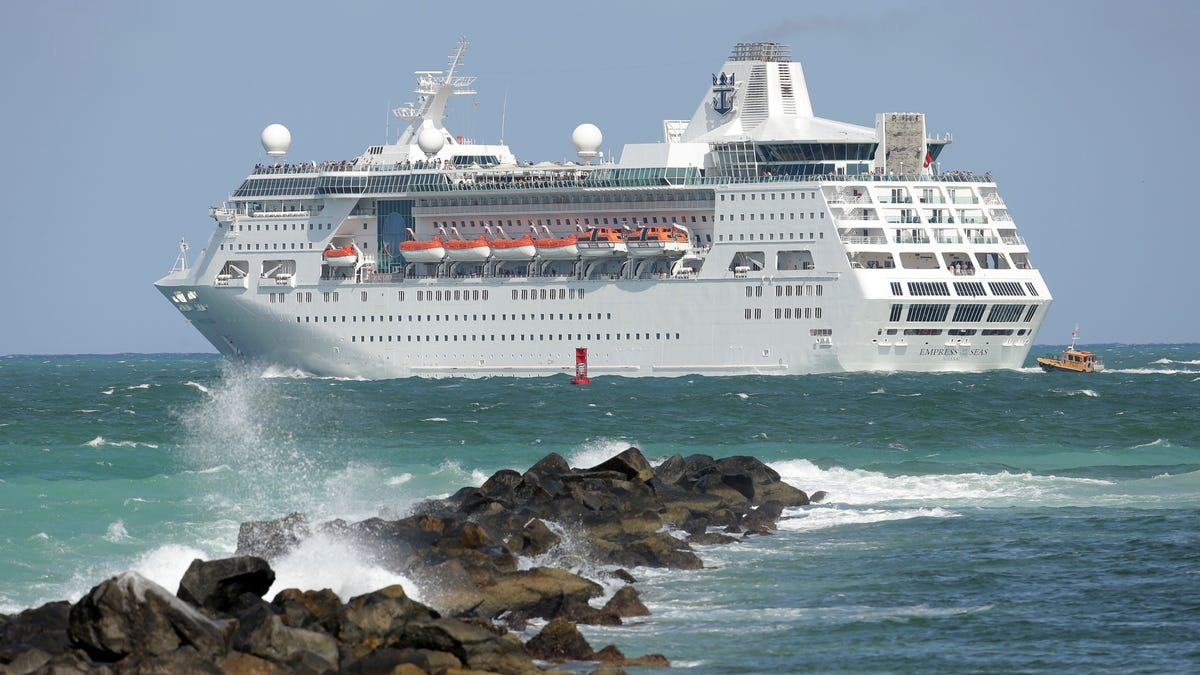 Judge rules for Florida on CDC order blocking cruise ships 3
