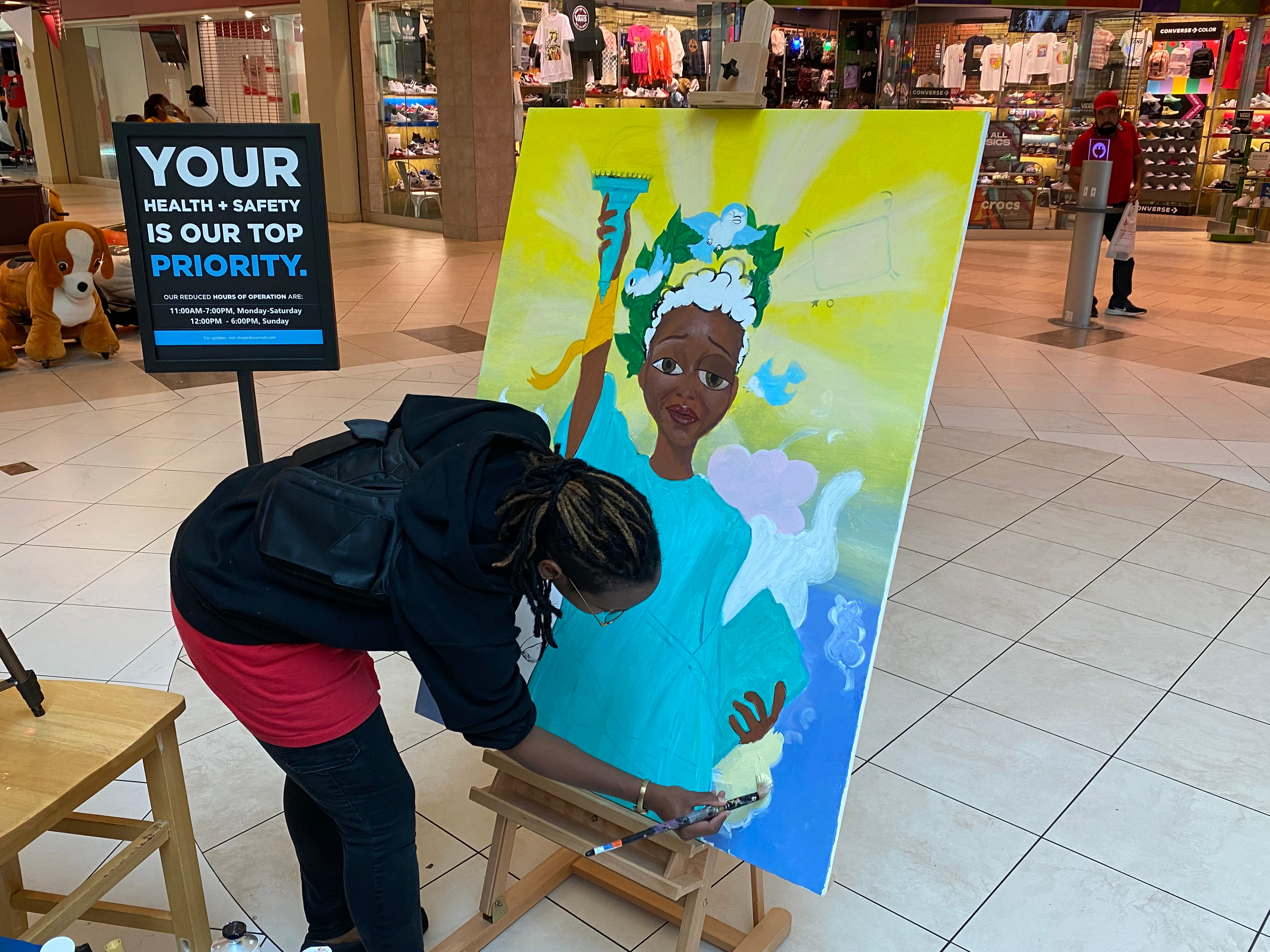 'It's been a long time coming': Juneteenth Celebration at Edison Mall emphasizes education, hope 3