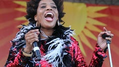 NEW ORLEANS, LA - MAY 01: Singer Macy Gray performs with Galactic at New Olreans Jazz & Heritage Festival at Fair Grounds Race Course on May 1, 2015 in New Orleans, Louisiana. (Photo by Jeffrey Ufberg/WireImage) ORG XMIT: 550482573 ORIG FILE ID: 471940888