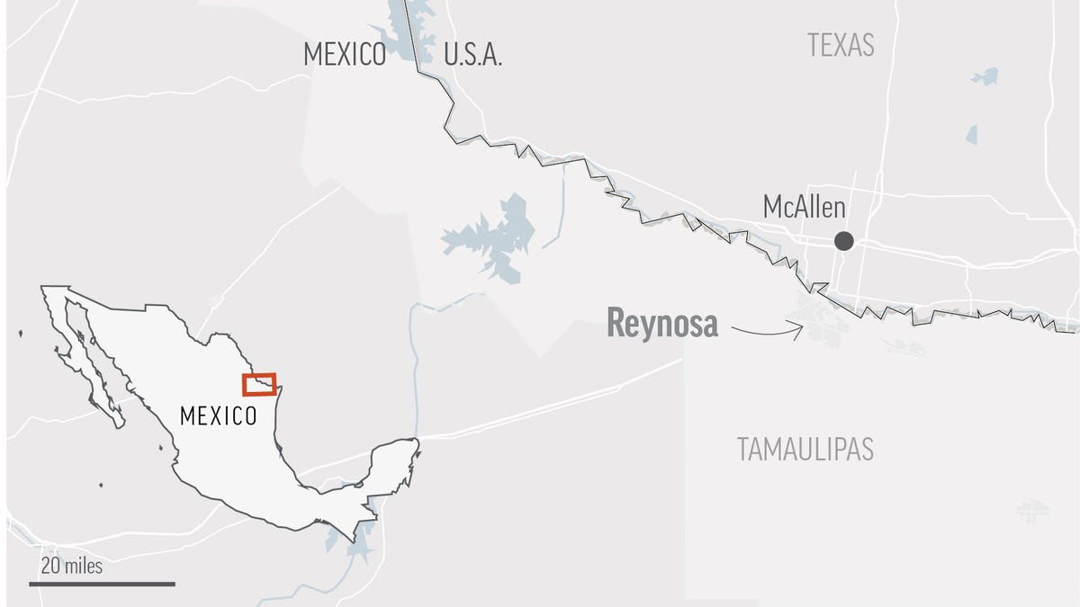 At least 18 killed in violence near US-Mexico border 3