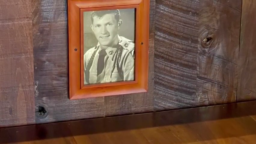Father's Day lunch for Fort Myers man served with old photo of him, singing of anthem 2