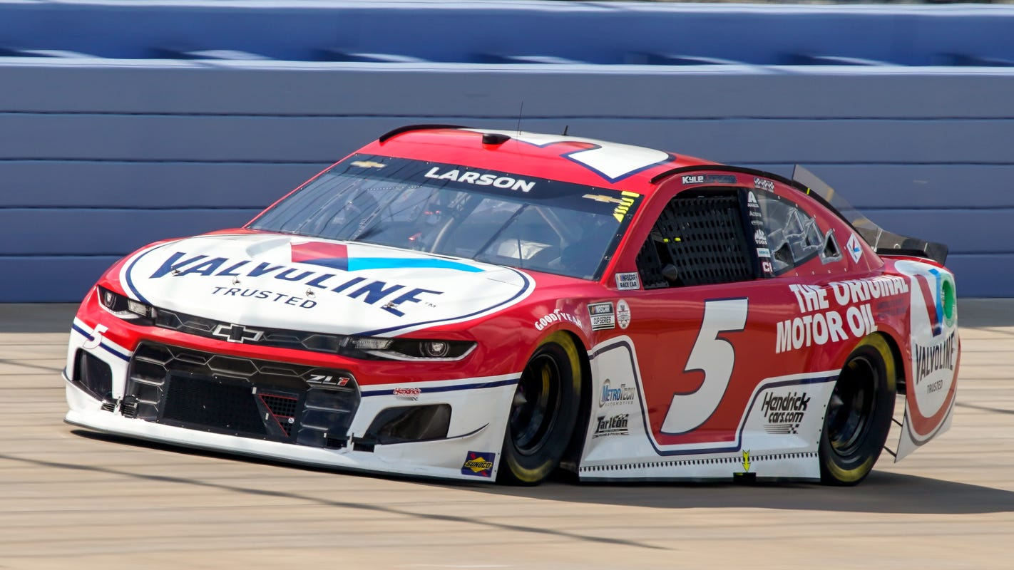Kyle Larson wins first NASCAR Cup Series race in Nashville area in 37 years