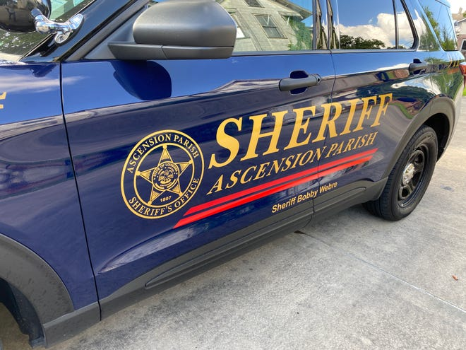 Ascension Parish Sheriff's Office deputies reported the recovery of a deceased West Baton Rouge Parish man.