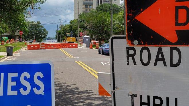 A JEA pipe project has Riverside Avenue and Lomax Street shut down.