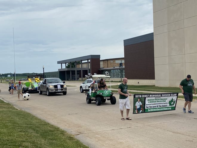 Seth Ernst Memorial Soccer entry passes the High School on their way downtown