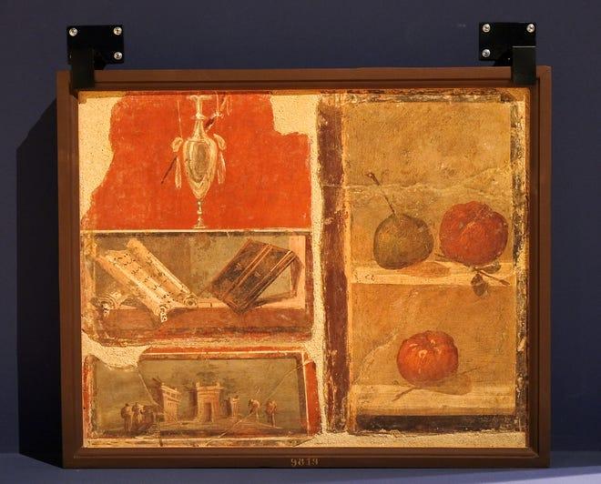 """""""Νεκρή φύση, θραύσματα, Herculaneum"""" Εμφανίζεται """"Ζωγράφοι της Πομπηίας"""" Έκθεση στο Μουσείο Τέχνης της Οκλαχόμα Σίτι."""