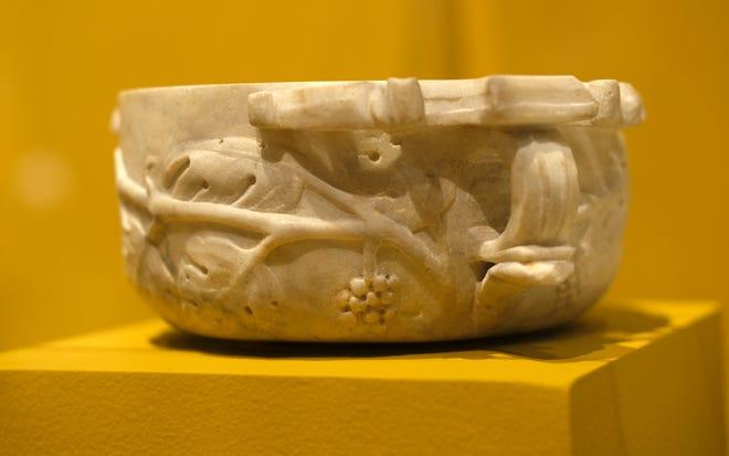 """το δοχείο εμφανίζεται στο """"Ζωγράφοι της Πομπηίας"""" Έκθεση στο Μουσείο Τέχνης της Οκλαχόμα Σίτι."""