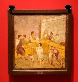 """Μια τοιχογραφία με τίτλο """"Σπίτι του τρικλίνιου"""" Εμφανίζεται """"Ζωγράφοι της Πομπηίας"""" Έκθεση στο Μουσείο Τέχνης της Οκλαχόμα Σίτι."""