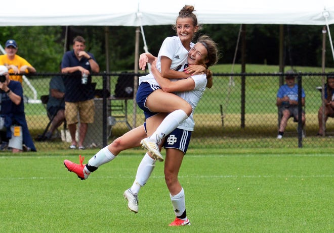 Detroit Country Day earned the Division 3 soccer state championship with a 3-0 win over Boyne City.